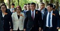 Президент Кыргызстана Сооронбай Жээнбеков на шествии Бессмертный полк в честь 73-годовшины Дня победы в Бишкеке