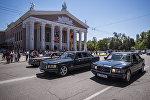 Кортеж из автомобилей на шествии Бессмертный полк в Бишкеке. Архивное фото