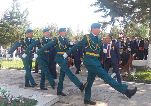 Праздничное шествие ко дню 73-й годовщины Дня Победы в Баткене