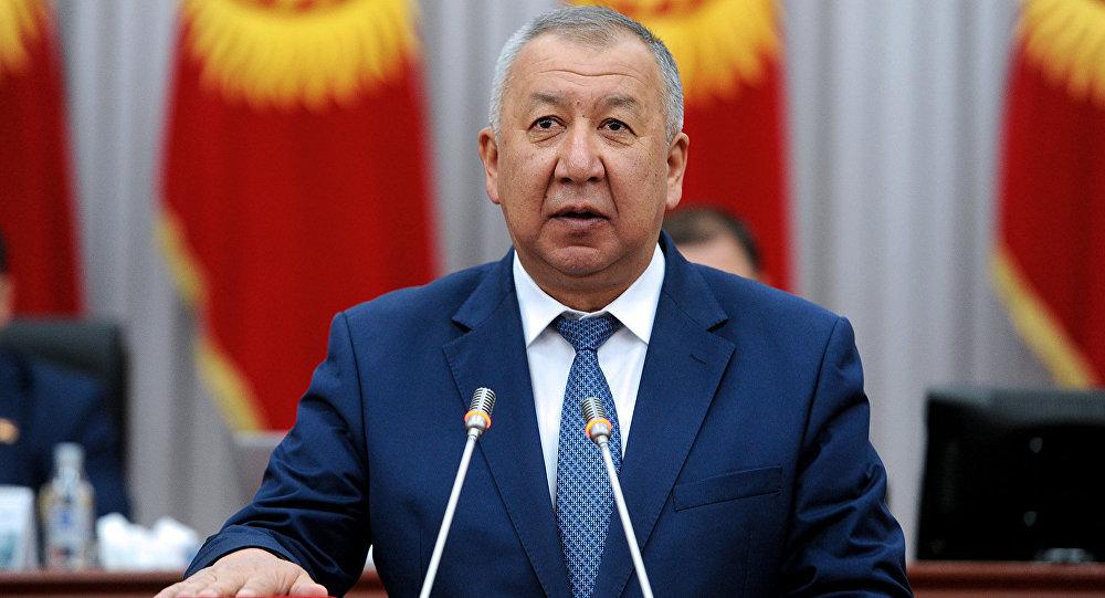 Архивное фото первого вице-премьер-министра Кыргызской Республики Кубатбека Боронова во время присяги