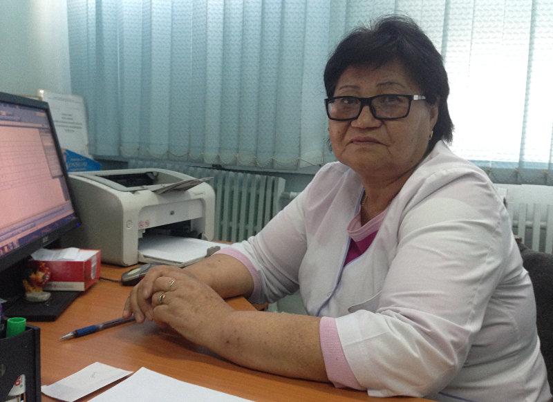 Старшая медсестра в Национальном хирургическом центре имени Мамакеева Айымжан Эсенбаева