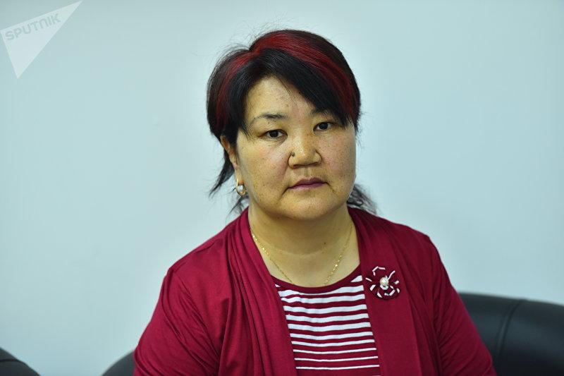 Кандидат педагогических наук, психолог Кадиян Бообекова во время интервью корреспонденту Sputnik Кыргызстан
