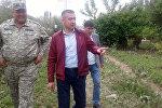 Өзгөчө кырдаалдар министри Нурболот Мирзахмедов Ош облусуна болгон иш сапарын сел кырсыгынан жапа чеккен Кара-Кулжа районунан баштады