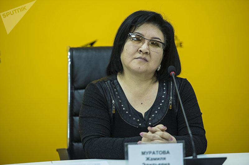 Композитор, заслуженная артистка КР Жамиля Муратова на видеоконференции в мультимедийном пресс-центре Sputnik Кыргызстан.