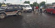 Чүй облусунун Лебединовка айылында 254-маршрутка, жеңил унаа жана жолтандабас кагышкан