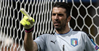 Чемпион мира 2006 года в составе сборной Италии, неоднократно признававшийся лучшим голкипером планеты Джанлуиджи Буффон. Архивное фото