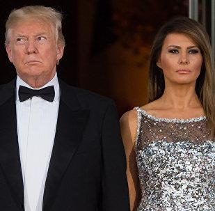 Президент США Дональд Трамп и первая леди Меланья. Архивное фото