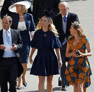 Бывшая девушка принца Гарри Уэльского Челси Дэви на церемонии бракосочетания принца Гарри и актрисы США Мегана Маркла в Виндзоре, 19 мая 2018 года