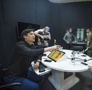 В офисе Sputnik Кыргызстан прошли съемки одного из эпизодов кинокомедии Мегатой-2 с участием сотрудников редакции