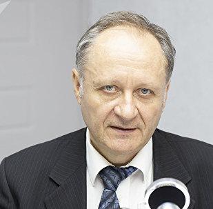Академик, директор Института электронной инженерии и нанотехнологий Анатолий Сидоренко. Архивное фото