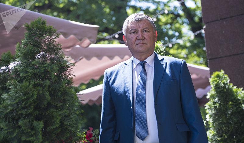 Директор Национального центра онкологии и гематологии Эрнис Тилеков