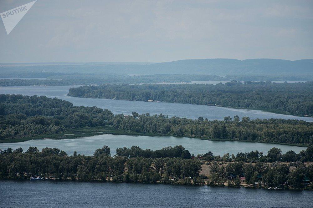 Река Волга в Самаре