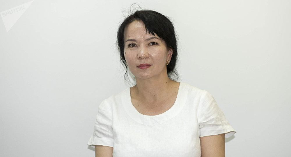 Билим берүү жана илим министрлигинин өкүлү Гүлшан Абдылдаева. Архивное фото
