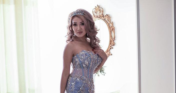 Кыргызстанская актриса, которая снималась в сериале Гаишники и российской рекламе Аэрофлота и Mercedes Алиша Диа