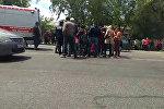 В Бишкеке сбили подростка на зебре — видео и фото с места
