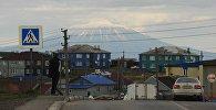 Вид на вулкан на Курильских островах. Архивное фото
