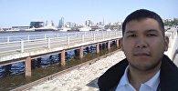 Болельщик сборной Кыргызстана по футболу Эсеннур Алмазбеков в Баку