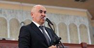 Жогорку Кеңештин депутаты Алтынбек Сулайманов. Архивдик сүрөт