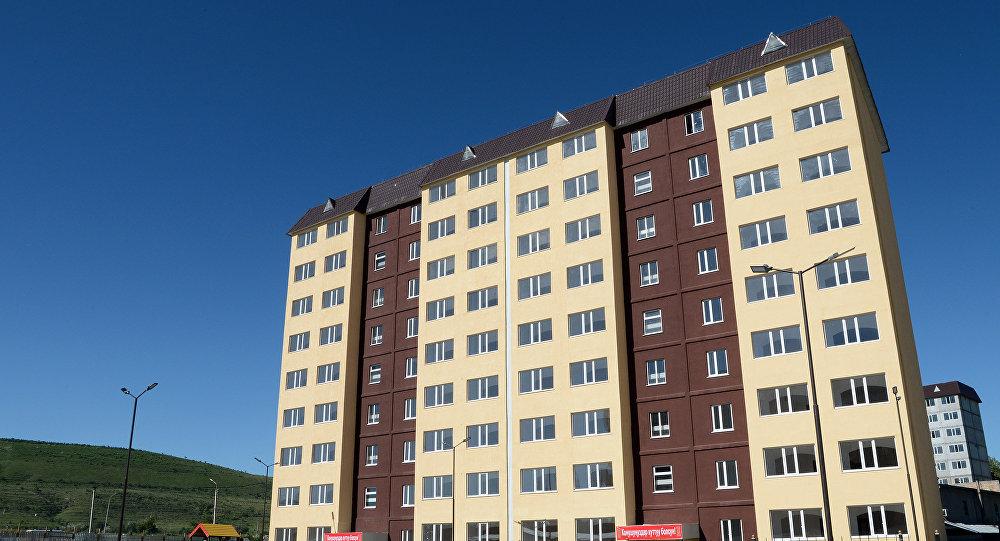 Новый дом для сотрудников Вооруженных сил КР. Архивное фото