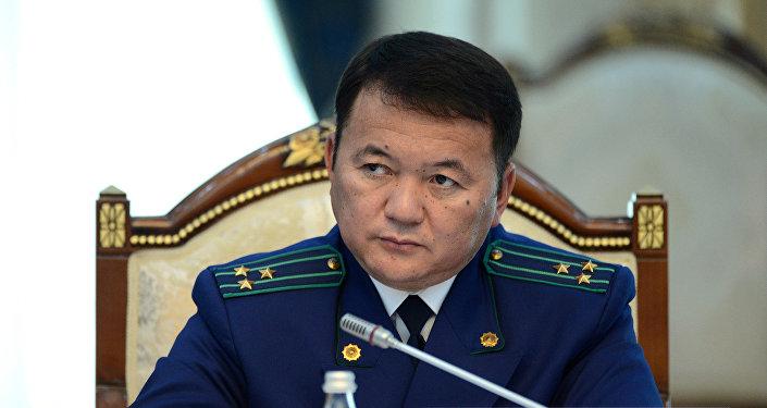 Кыргызстандын башкы прокурору Өткүрбек Жамшитовтун архивдик сүрөтү