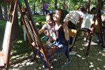 Бишкекте 15 миң бала катышкан өзгөчө майрамдык иш-чара өттү. Видео