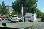 Столкновение автомобиля Lexus LX-570 и карета скорой помощи в Бишкеке