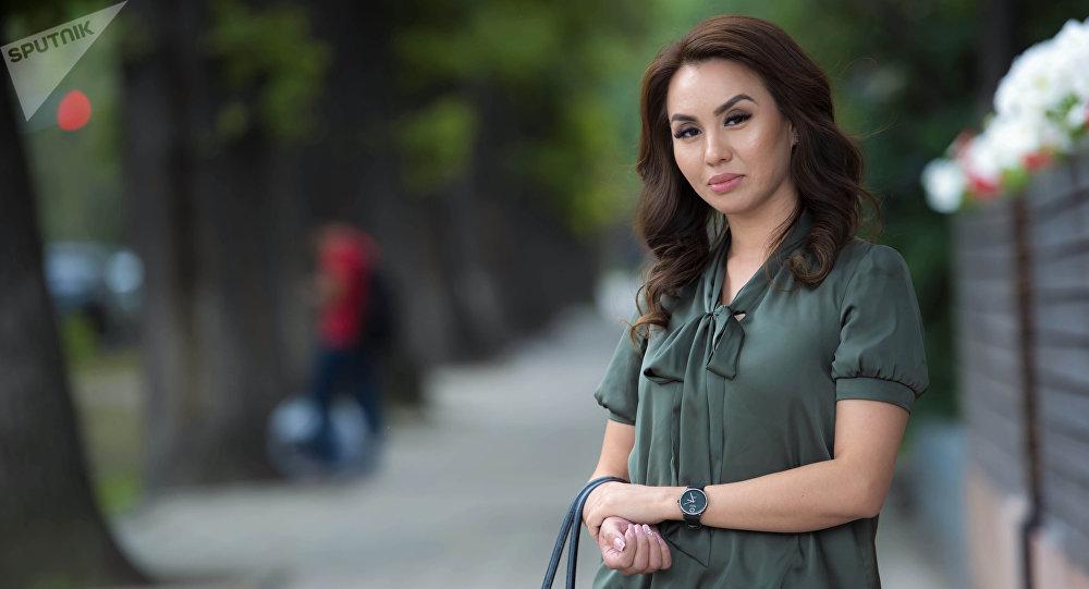 Победительница национального конкурса красоты среди замужних дам Миссис Кыргызстан — 2018 Алтынкыз Казакбаева