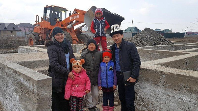 Строительство шестикомнатного дома в Чуйской области для Айжамал Мамыровой, у которой трое детей