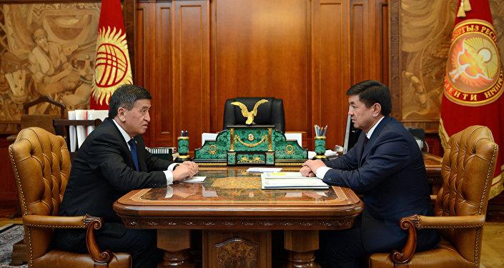 Президент Сооронбай Жээнбеков встретился с премьер-министром Мухаммедкалыем Абылгазиевым