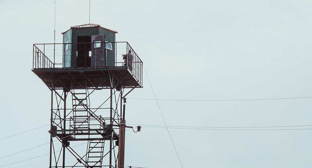 Смотровая вышка на границе. Архивное фото