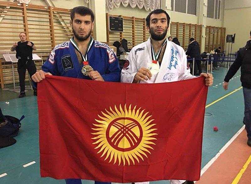 Чемпион Азии по джиу-джитсу Абдурахманхаджи Муртазалиев с братом Муртазали Муртазалиевым