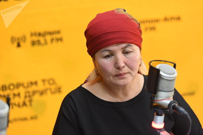 Рима Баатырбекова, мать кыргызстанца Садыра Алымбекова погибшего в Кипре во время интервью корреспонденту Sputnik Кыргызстан