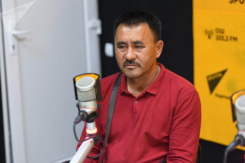 Алымбек Баатырбеков, отец кыргызстанца Садыра Алымбекова погибшего в Кипре во время интервью корреспонденту Sputnik Кыргызстан