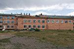 Шамал Көк-Сай айылындагы мектептин чатырын каңтарып кеткен