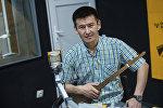 Дастанчы коомдук фондусунун тең төрагасы, манасчы Самат Көчөрбаев