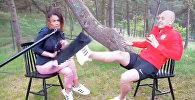Футболист во время интервью спас журналистку одним ударом — видео