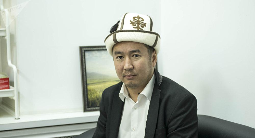 Кыргызстан мусулмандар дин башкармалыгынын фатва бөлүмүнүн адиси Бактияр Токтогазы уулу