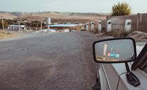 Зеркало автомобиля. Архивное фото