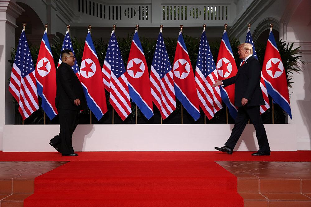 Встреча президента США Дональда Трампа и лидера КНДР Ким Чен Ына