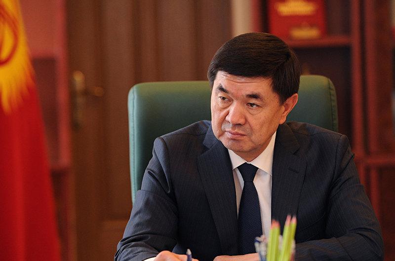 Премьер-министр Кыргызской Республики Мухаммедкалый Абылгазиев принял мэра города Бишкек Албека Ибраимова. 4 мая 2018 года