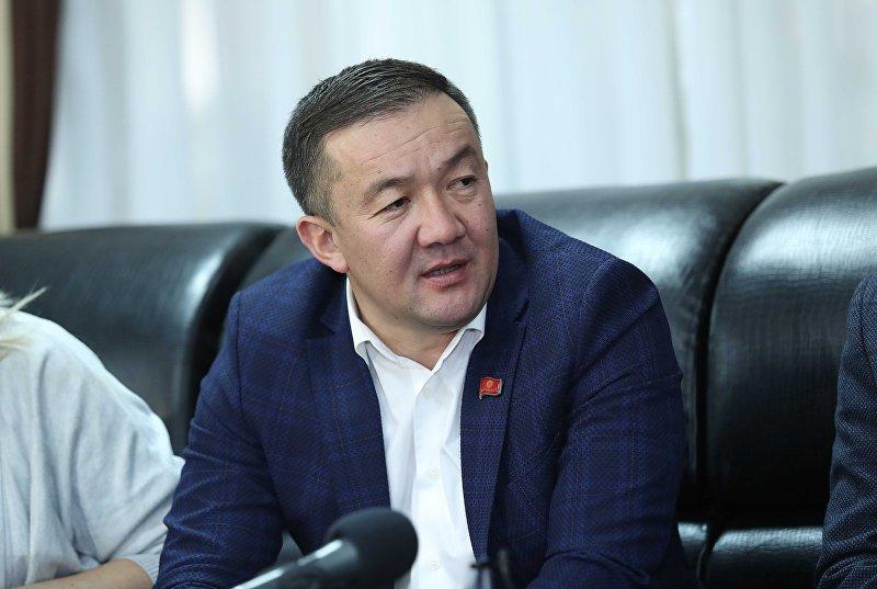 Депутат ЖК от фракции Республика — Ата-Журт Жыргалбек Турускулов. Архивное фото