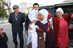 В Нарынскую область, где сегодня проживают памирские кыргызы, приехали их родственники — ванские кыргызы
