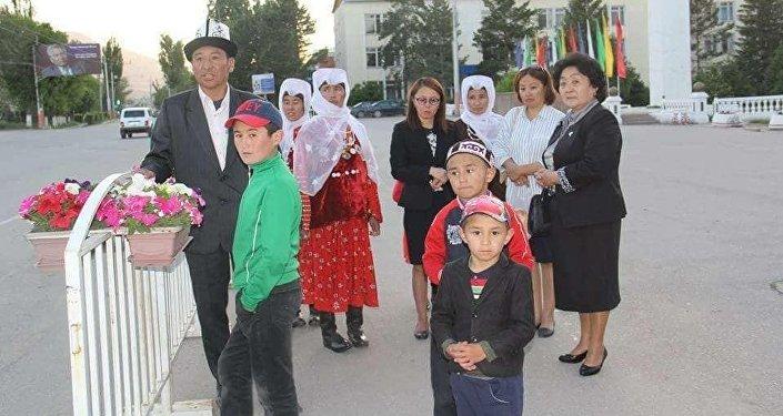 Несколько человек из Турции прибыли в Кыргызстан 13 июня