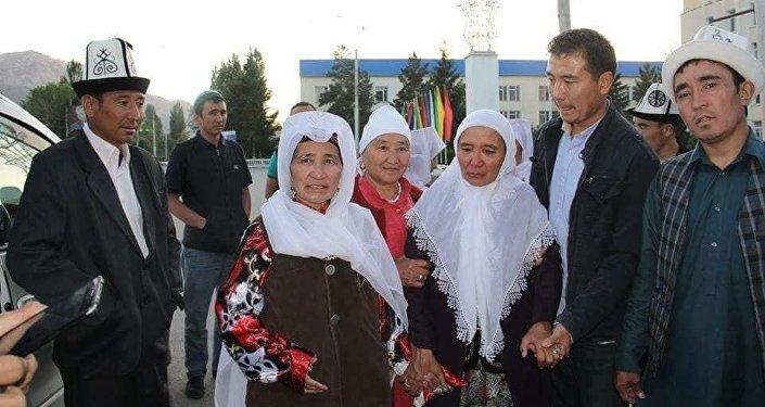 Напомним, что памирские кыргызы прибыли в Нарын осенью прошлого года.
