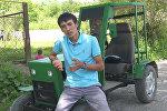 Сузактык жигит автоунаанын тетиктеринен жер айдаган трактор курады