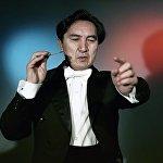 Асанкан Жумакматов 25 жашында Мамлекеттик опера жана балет театрынын башкы дирижёру болгон