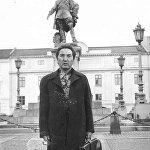 Ал 1957-жылы Москвадагы консерваторияны кызыл диплом менен бүтүргөн