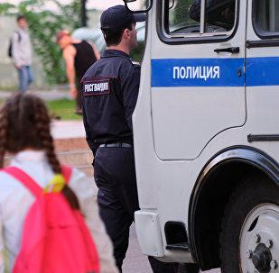 Сотрудник Российской полиции. Архивное фото