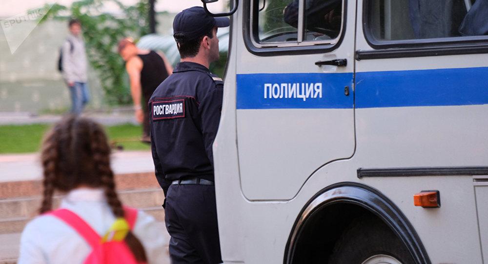 Россияынын полиция кызматкерлери. Архив
