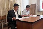 Мурдагы вице-премьер-министр Дүйшөнбек Зилалиев  Бишкектин Биринчи май райондук сотунда